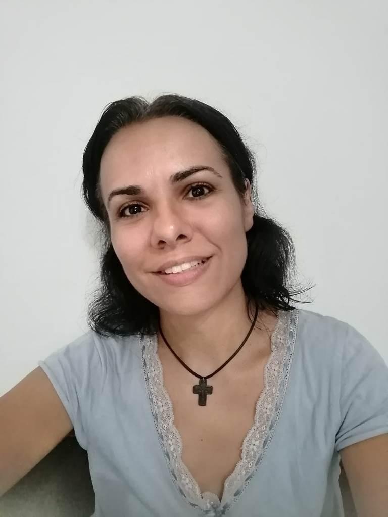24 de ore și-o lecție primită de la soare - Anda Elena Pintilie - Sapte pietre